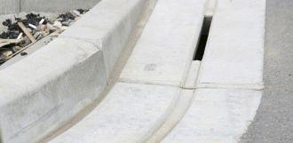 Pokládka štěrbinových žlabů CS BETON - 781352 -
